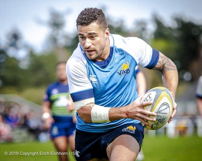 April 6, 2019   Victoria, BC (ISN) - UVic's' Kapi Vataik wold score two try in his final regular season as a Vikes player - Erich Eichhorn image (www.allsportmedia.ca)