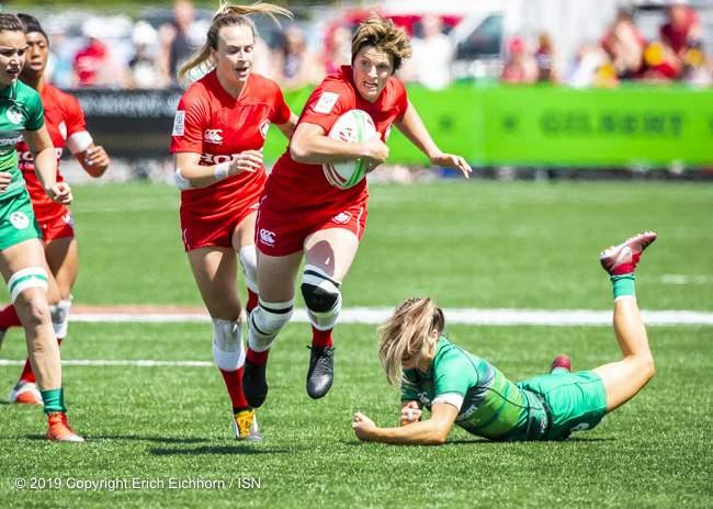 May 11th, 2019 Langford, BC (ISN) -  Canada's Brittany Benn beats the Irish defender for a try  - Erich Eichhorn image (www.allsportmedia.ca)