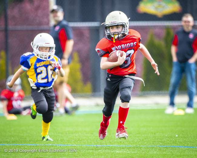 May 4th, 2019 Victoria, BC (SN) - Danny Garcia of the Atom Warriors would score 3 TD's in a lopsided result - Erich Eichhorn image ( www.allsportmedia.ca)