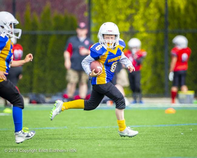 May 4th, 2019 Victoria, BC (SN) - The Bombers, full of running talent, would finally break down the Warriors defence as Ben Stevens would score his teams lone TD - Erich Eichhorn image ( www.allsportmedia.ca)