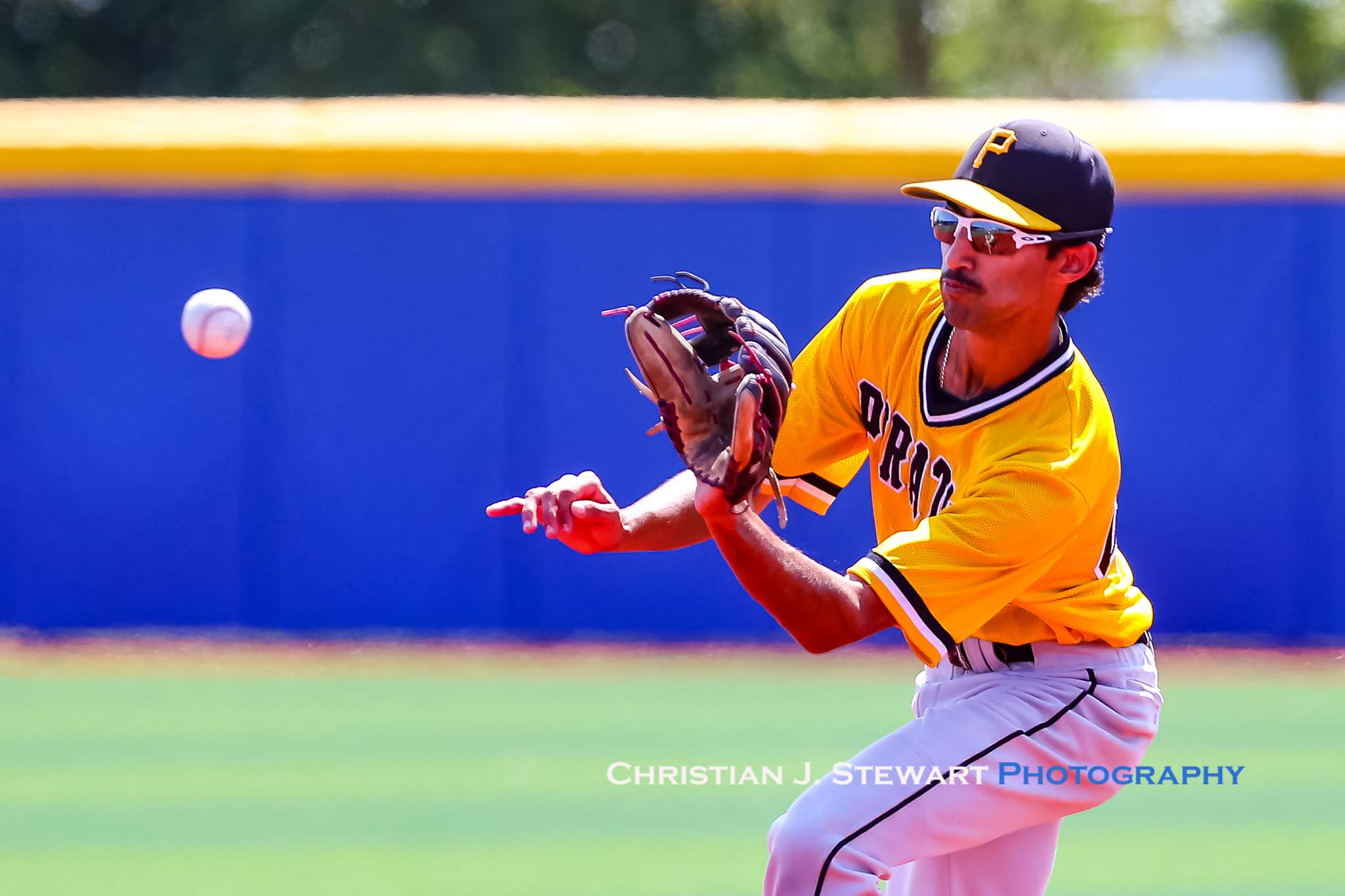 Mid-Island second baseman Odhan Manhas makes a play against UBC in the semi-final game Sunday (Photo: Christian J. Stewart)