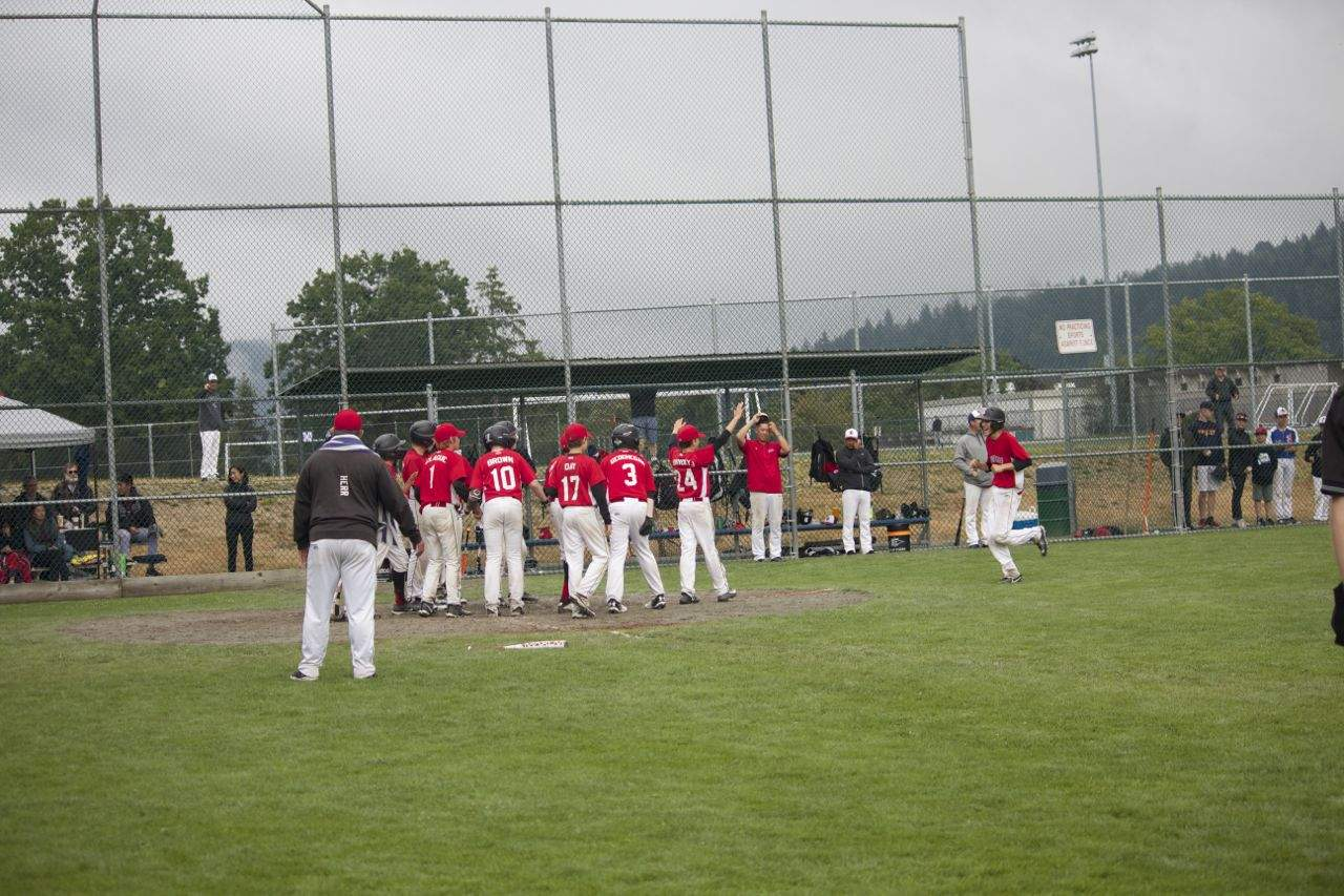 Riley Waters walk off home run, Victoria 13U AAA Reds baseball team