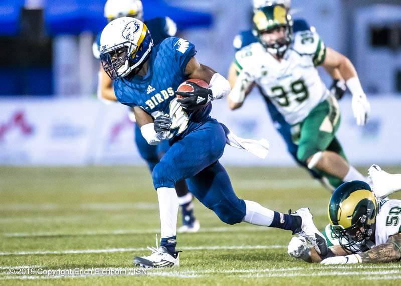 August 31, 2019. Vancouver, BC (ISN) -  Rushing yardage was difficult for UBC as the Rams would contain well  - Erich Eichhorn image (www.allsportmedia.ca)