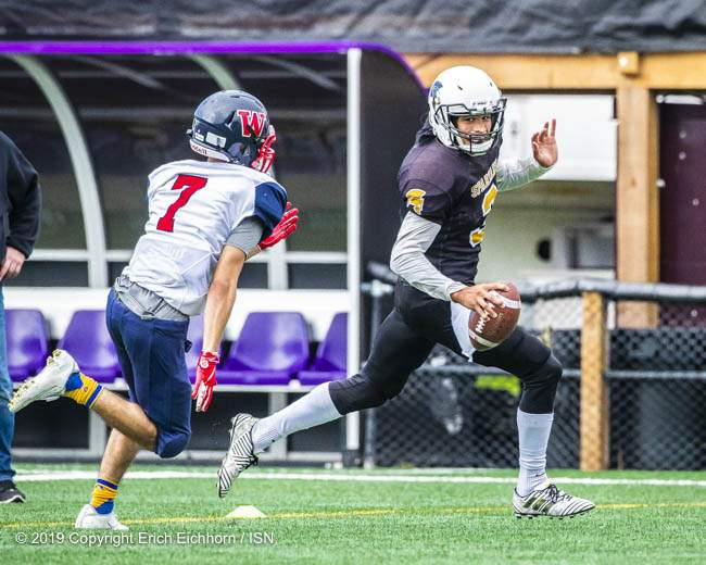 September 22, 2019. Victoria, BC (ISN) - Spartan's QB Kalen Jules run's out of the pocket, beating all defenders for the TD. - Erich Eichhorn (www.allsportmedia.ca)
