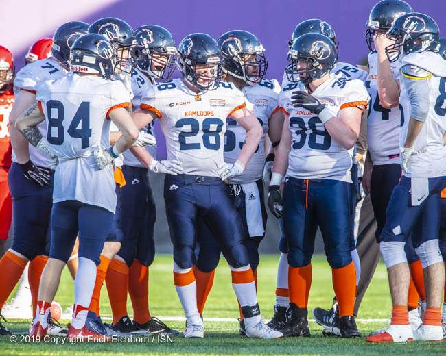 October 5, 2019 Victoria, BC (ISN) - The Kamloops Broncos lineup discuss how to beat the Rebels defence - Erich Eichhorn (www.allsportmedia.ca)
