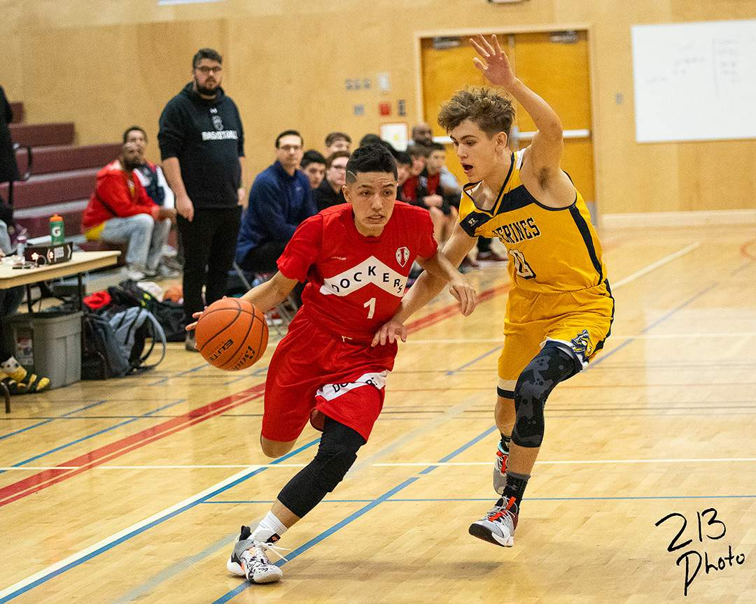 Esquimalt point guard Subi Islam finished the game with 5 points. Photo by Nathanael Laranjeiras