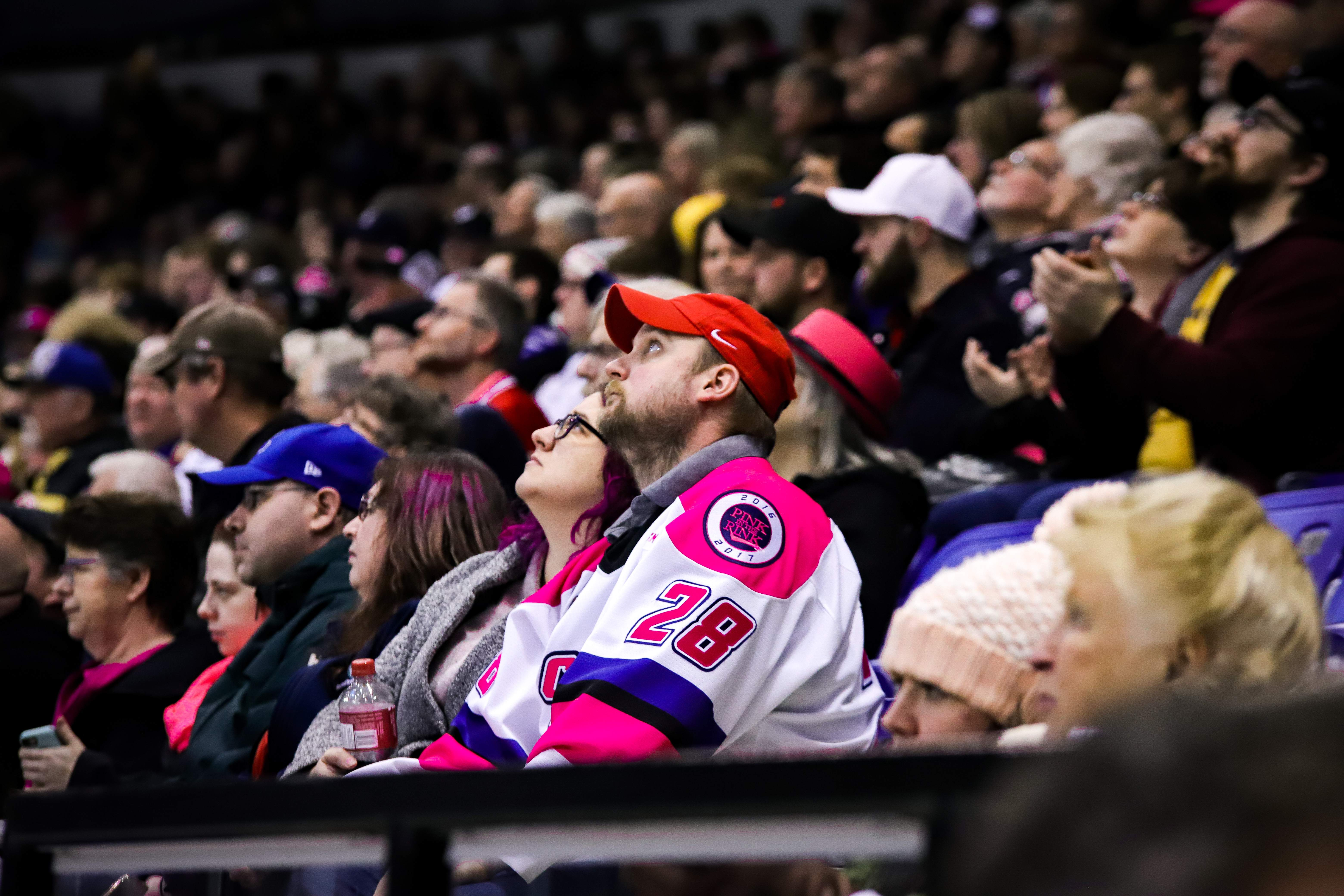 Fans wore pink in support of Cancer research.  Photo by Nathanael Laranjeiras